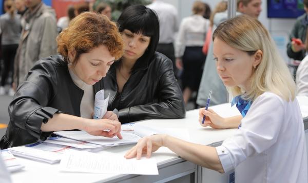 Работодателям, трудоустроившим безработных граждан, рекомендуется подать документы на субсидию до 15 мая т.г.