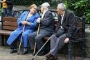 До 1 октября саратовцам необходимо определиться с набором социальных услуг